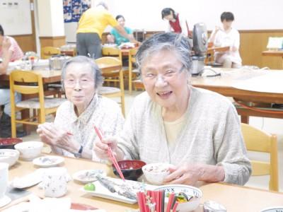 高野橋チエさん92歳 佐藤セツさん85歳