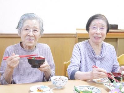 林孝子さん92歳 洞口竹子さん86歳