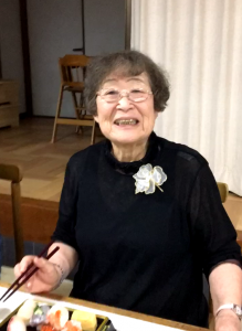 中川よしさん 91歳      村の文化展はよしさんがか飾ってくれています。