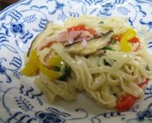 生パスタの簡単・野菜たっぷりソース【レシピ】