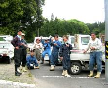 阿山実顕地周辺の草刈り一斉作業