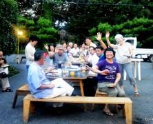 8月の食事会は、野外食事会【岡部】