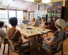 中学生楽園村  親の交流会